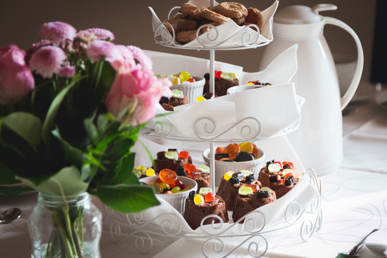 Cookies Cupcakes and Flowers| How To Throw The Perfect High Tea Party This Spring