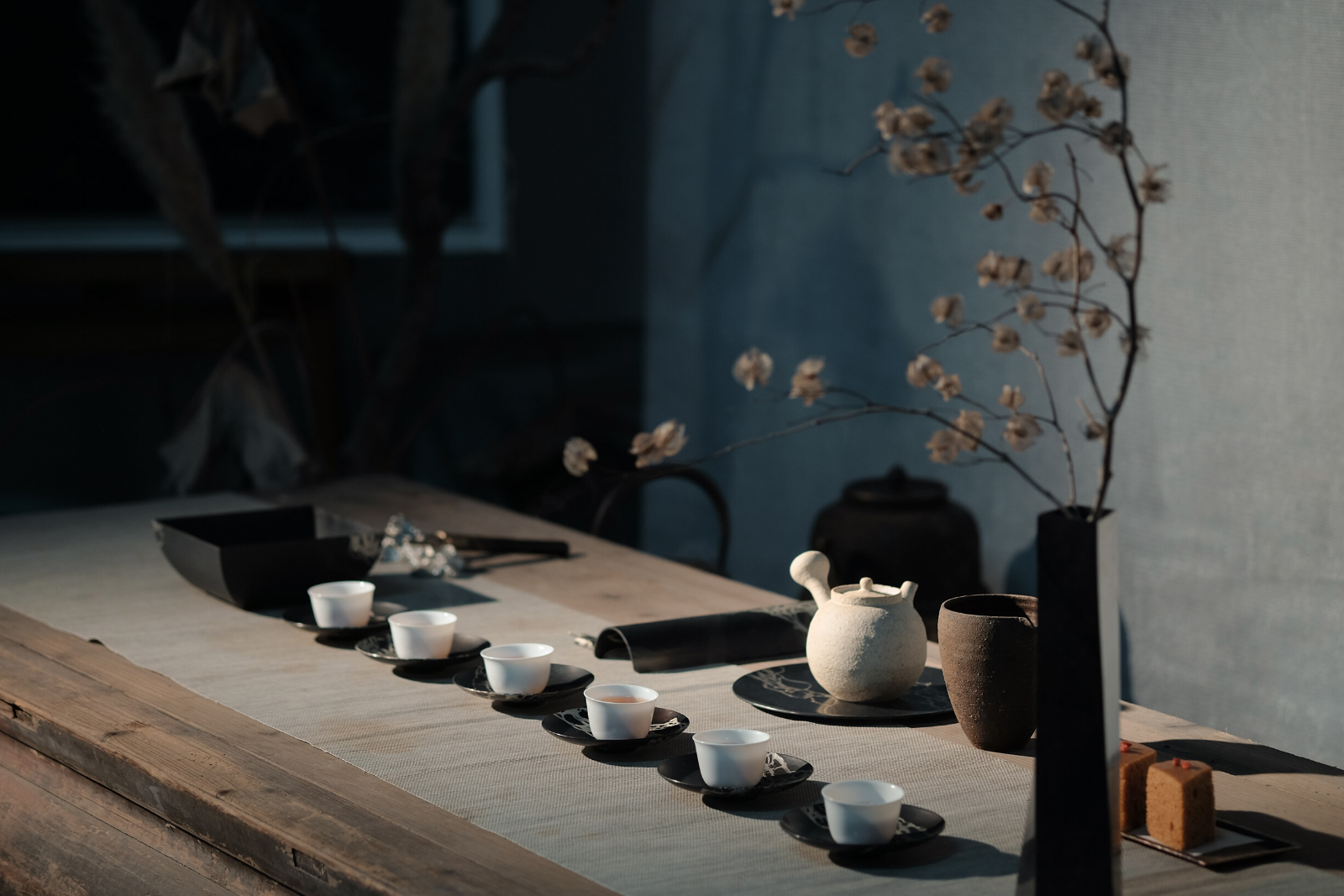 Tea Pot and Tea Cups | The 14 Most Popular Teas From Around The World